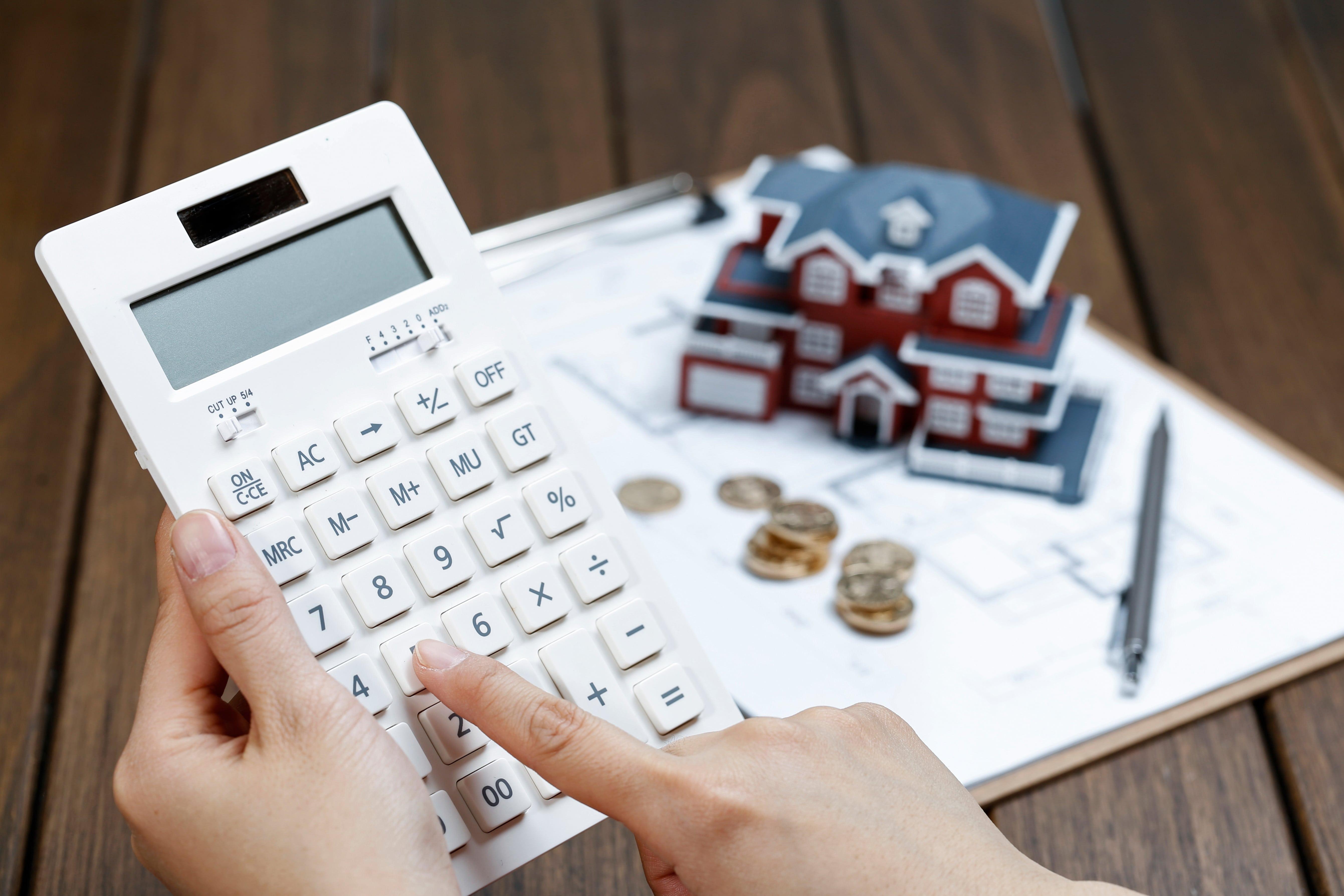 Salário de fiadores não pode ter parte penhorada para quitação de aluguel